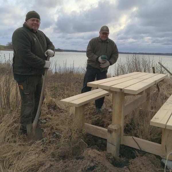 Bænk ved Esrum Sø stillet til rådighed af Naturstyrelsen Nordsjælland