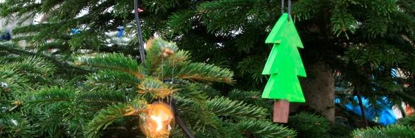 Juletræstænding i Esrum